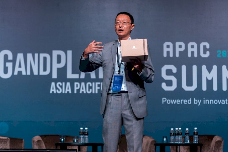 HiNounou Won Best Insurtech Award at Plug and Play APAC Summit